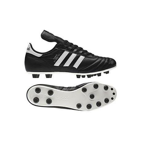 Botas de fútbol de la casa Adidas. Del Mundial