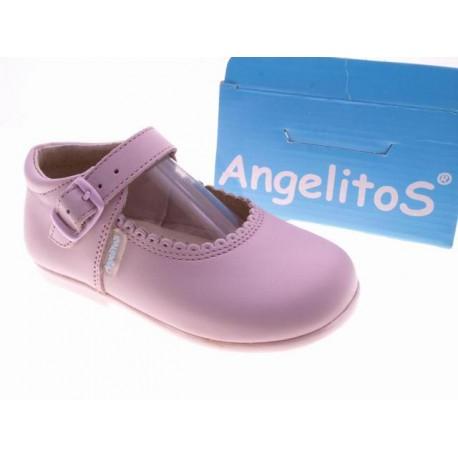 Mercedita de niña de la casa Angelitos