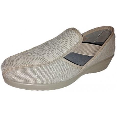 Zapato para mujer con abertura