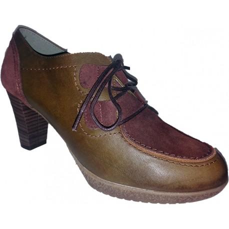 Zapato abotinado con cordones 100% Piel