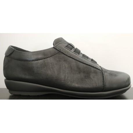 Zapato para mujer tipo casual de la casa Valdegama.Ref: V282