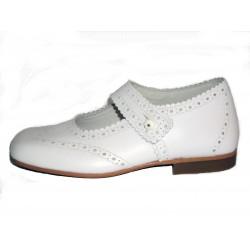 Zapato para niña en piel modelo Clover. Ref:476