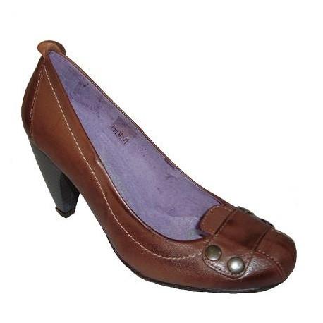 Zapato Ceralín de tacón para mujer de la casa Nenuca.Ref:501
