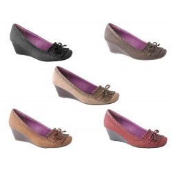 Zapato de cuña burdeos de casa Lolablue Ref:33D554