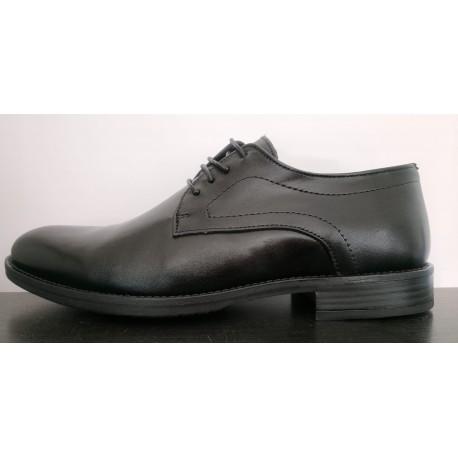 Zapato para vestir de la casa Valdegama.