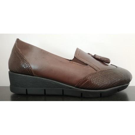 Zapato cuña para mujer de la casa Valdegama.Ref:V6502
