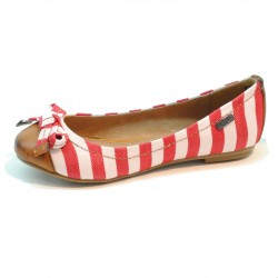 Zapato para niña de la casa XTI. Ref:51662