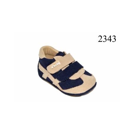 Zapatilla para bebé de la casa Dbebe