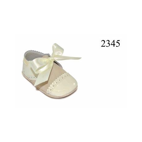 Zapatos de bebé clásico de la casa Dbebe